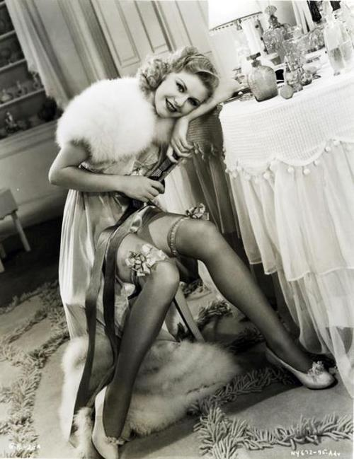 Ginger-Rogers-01